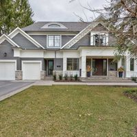 169 Donnelly Dr, Mississauga, Ontario L5G 2M3