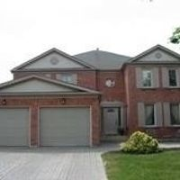 54 Highgrove Cres, Richmond Hill, Ontario L4C 7W8