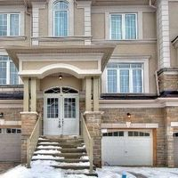 9 Lasalle Lane, Richmond Hill, Ontario L4C 7V6