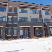82 Troon Ave, Vaughan, Ontario L6A 4Z1