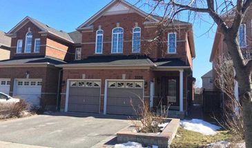 3326 Weatherford Rd, Mississauga, Ontario L5M 7X6
