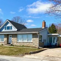 500 Lakeshore Rd, Fort Erie, Ontario L2A 1B5
