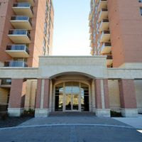 #905 - 75 King William Cres, Richmond Hill, Ontario L4B 0C1
