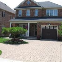 2242 Grand Oak Tr, Oakville, Ontario L6M 4V3