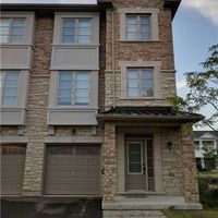 34 Lowther Ave, Richmond Hill, Ontario L4E 2Z7