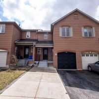 61 Dunoon Dr, Vaughan, Ontario L6A 1Z3