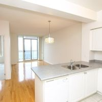 #817 - 310 Red Maple Rd, Richmond Hill, Ontario L4C 0T7