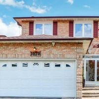 1626 Lewes Way, Mississauga, Ontario L4W 3L2