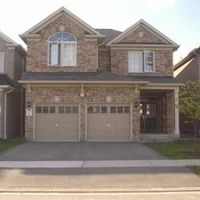 3977 Mayla Dr, Mississauga, Ontario L5M 7Y9