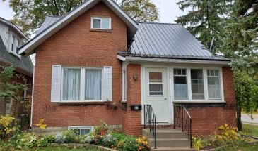 67 Cambridge St S, Kawartha Lakes, Ontario K9V 3C4