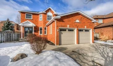 72 Chamberlin Dr, Cambridge, Ontario N1T 1M4