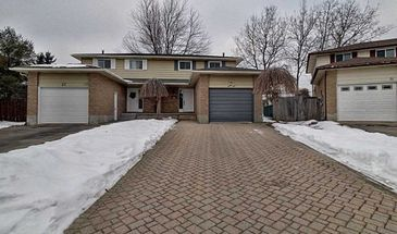 29 Highcroft Crt, Kitchener, Ontario N2E 2N9