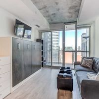 #1810 - 88 Blue Jays Way, Toronto, Ontario M5V 2G3